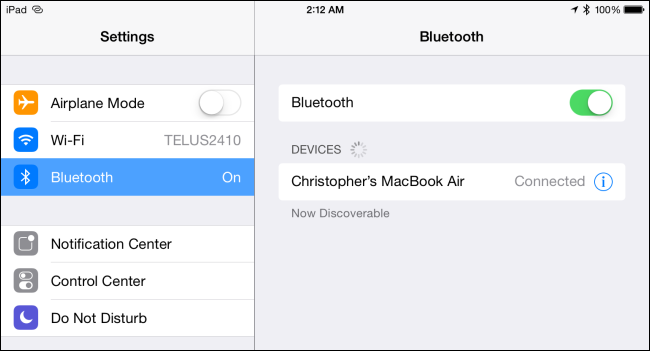 bluetooth-keyboard-connected-to-ipad-or-iphone